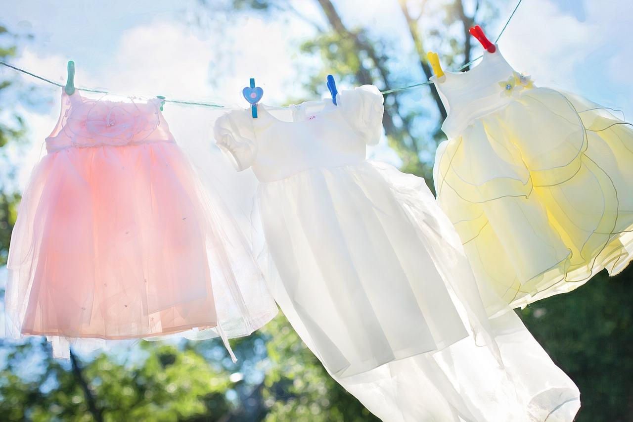 部屋干しで大量の洗濯物を効率良く乾燥させる