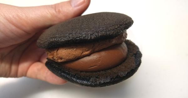 ほんてん黒いどら生チョコクリーム