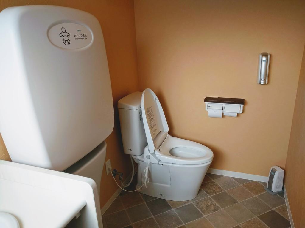 ke&kuspaceのトイレ02