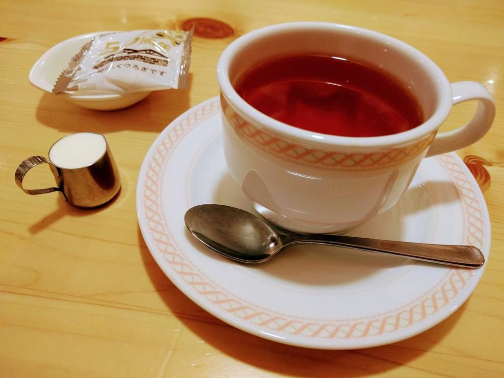 コメダ珈琲店の紅茶