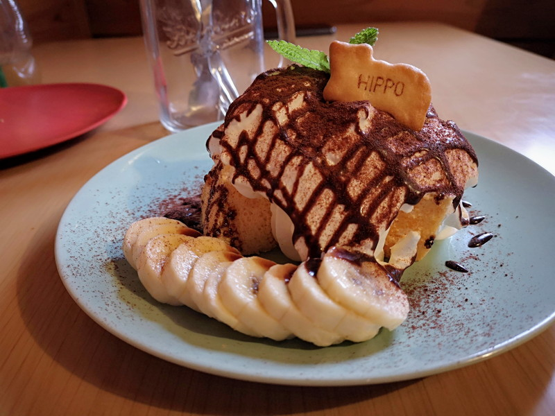 マメノキのシフォンケーキ